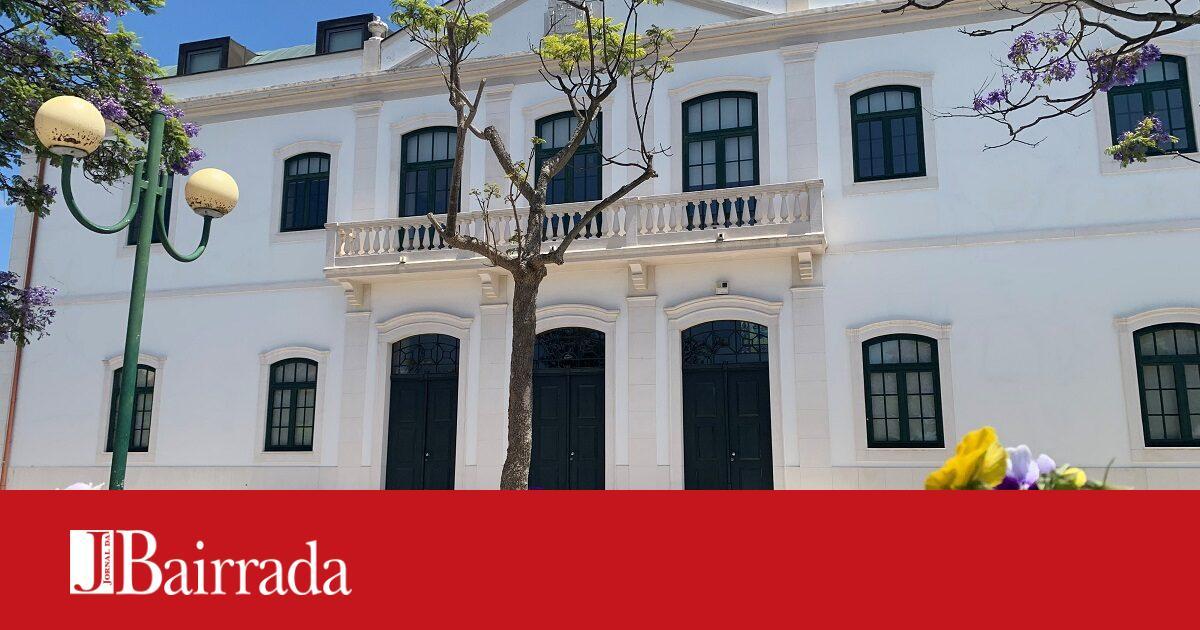 Biblioteca Municipal de Oliveira do Bairro reabre ao público