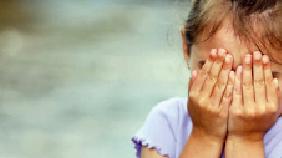 Padrasto abusa de enteada enquanto a mãe da menor está em trabalho de parto