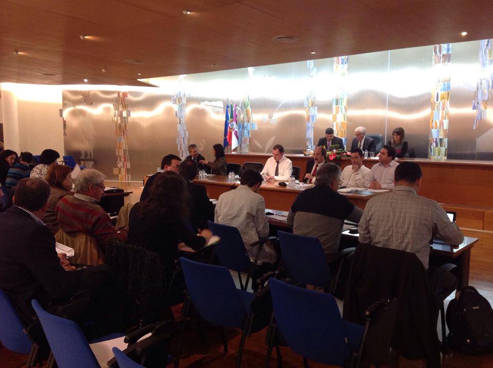 Pacote de impostos aprovado por maioria na Assembleia Municipal