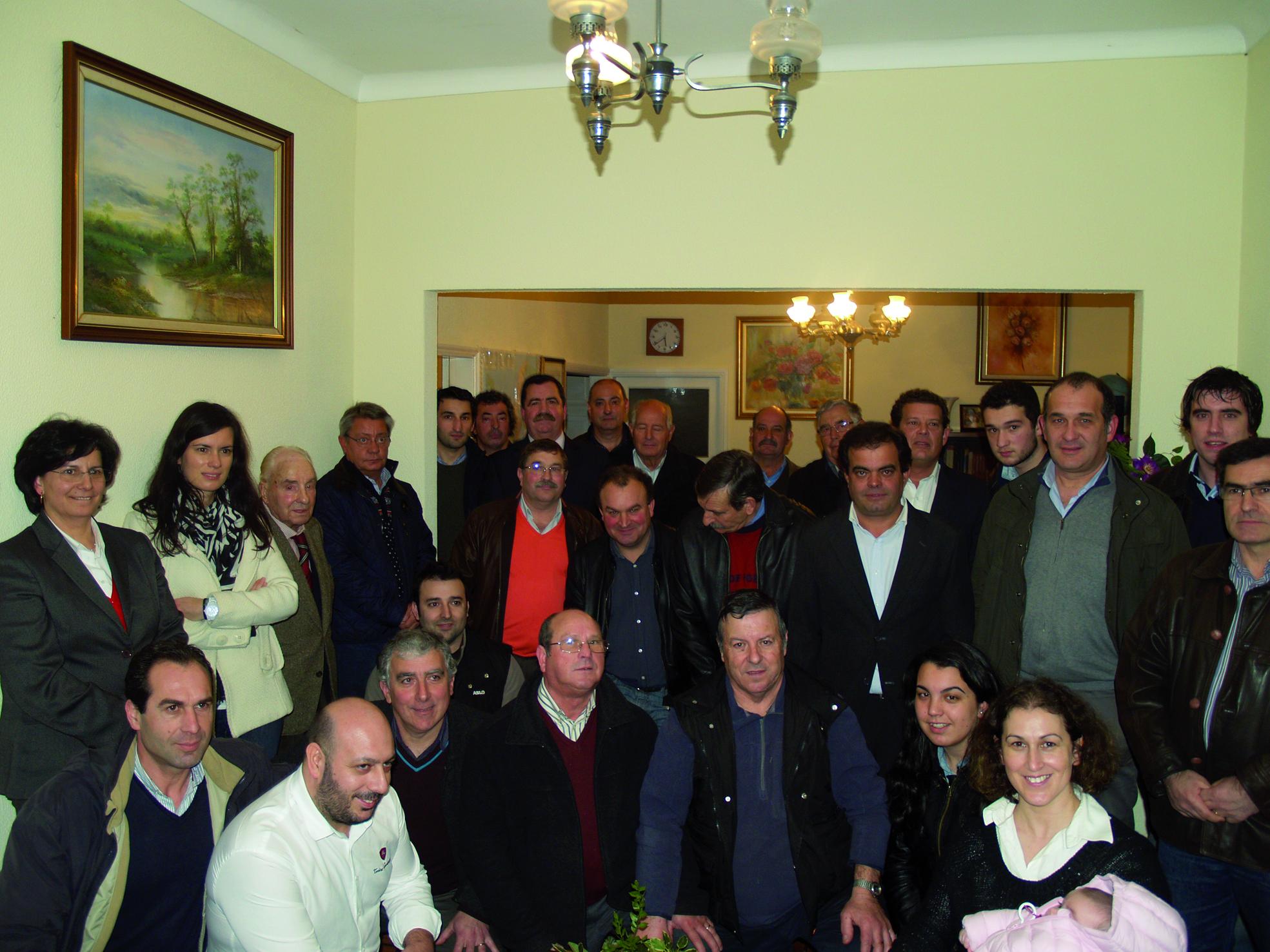 Almeida Roque cria Associação Jardim Social