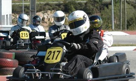 Despejo administrativo do Kart Club aprovado por maioria