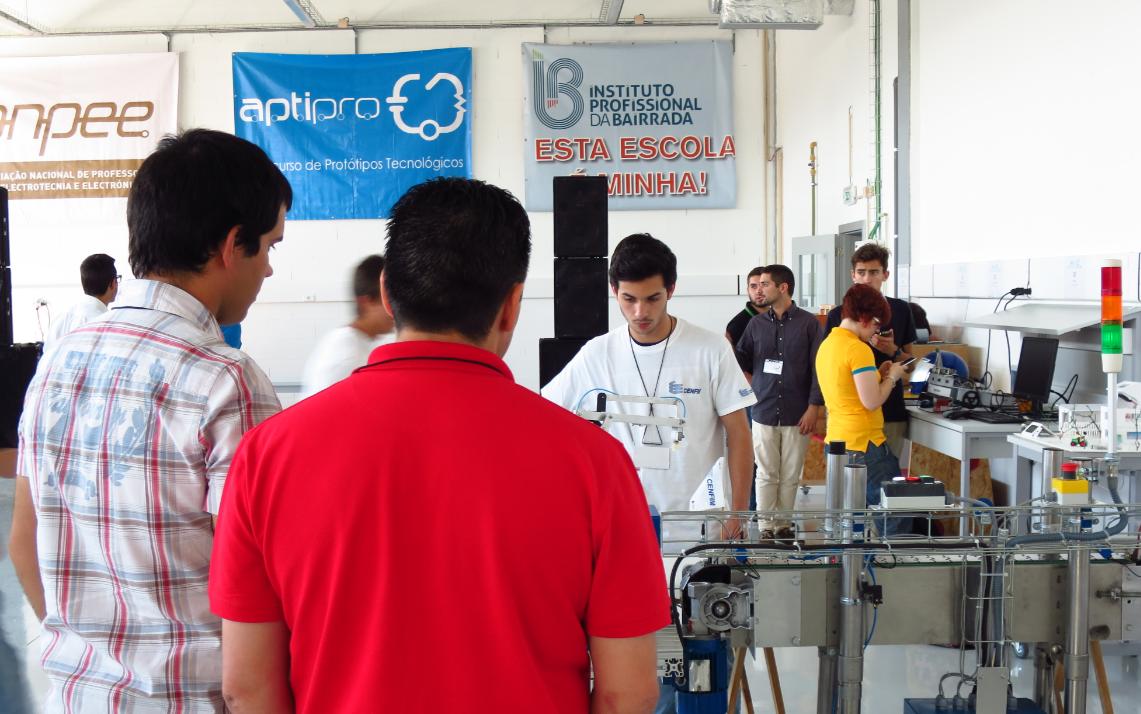 200 alunos disputam concurso nacional no IPB
