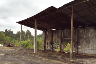 Armazém e 600 fardos de palha ardem após ato de vandalismo