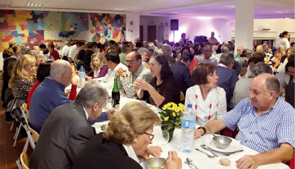 Voluntários da Liga Contra o Cancro juntam 270 convivas