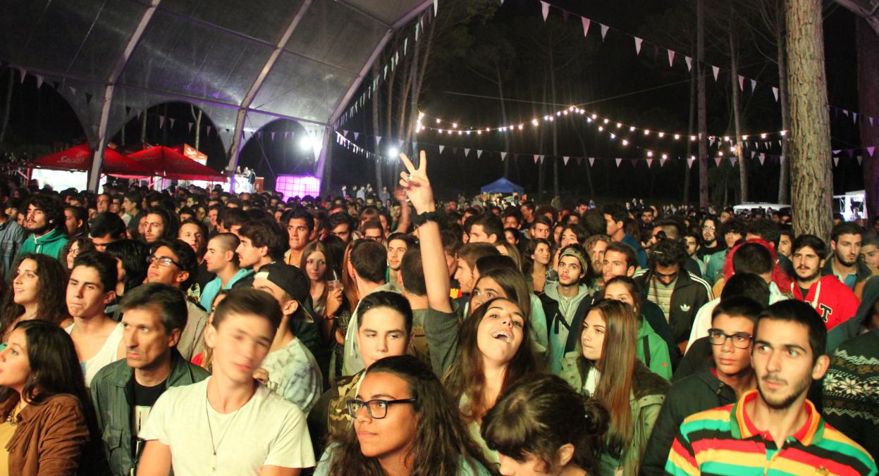 festa_juventude_oliveira_do_bairro
