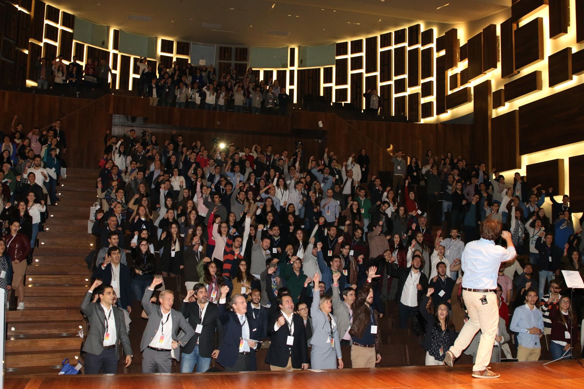 400 jovens na maior conferência de empreendedorismo de sempre no QA