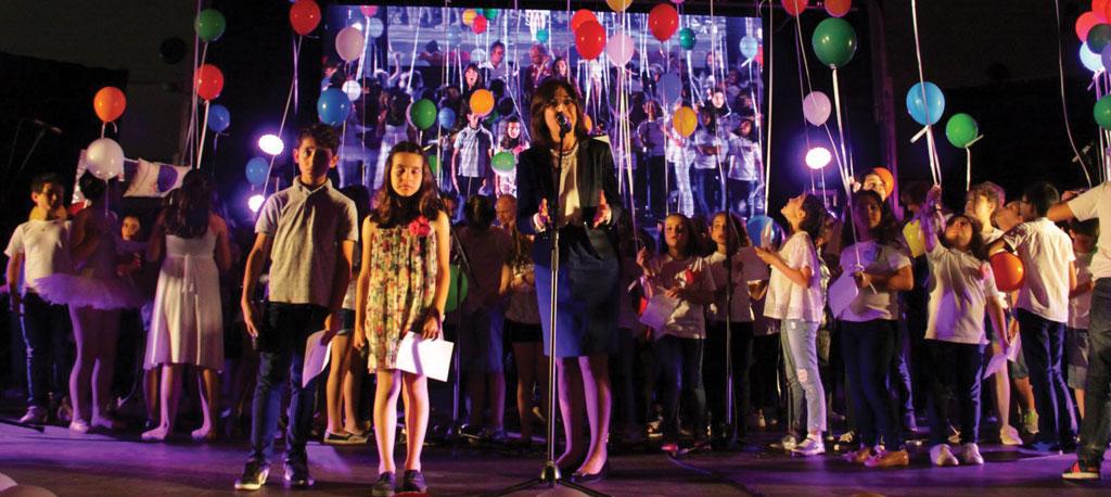 "Anadia: Crianças brilham no ""School Kid's Talent"""