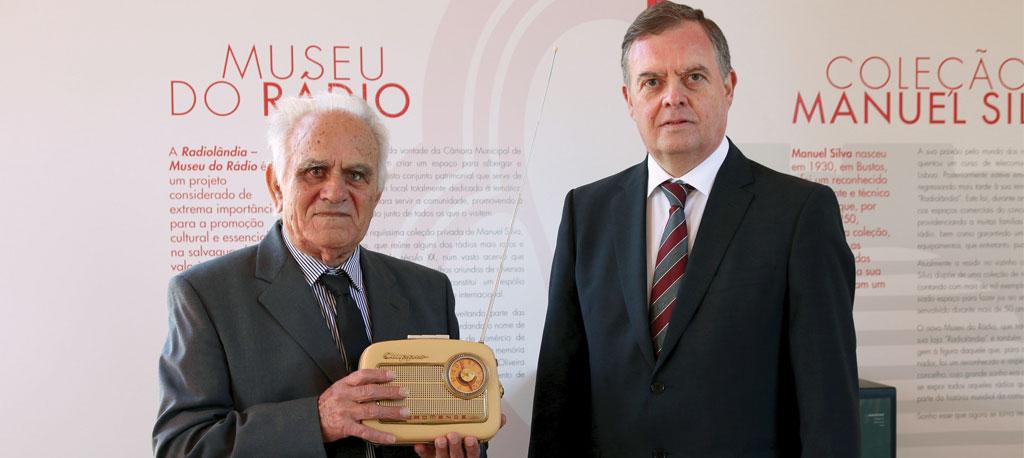O. Bairro: Câmara e colecionador sintonizados para o novo Museu do Rádio