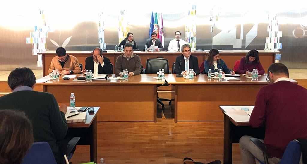 Assembleia Municipal de Oliveira do Bairro: Saúde financeira, IPSB, cultura  e Carnaval afastam poder e oposição