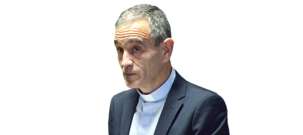 """À conversa com Padre Francisco Melo: """"O requisito fundamental é eu ser capaz  de amar e gostar de estar onde estou"""""""
