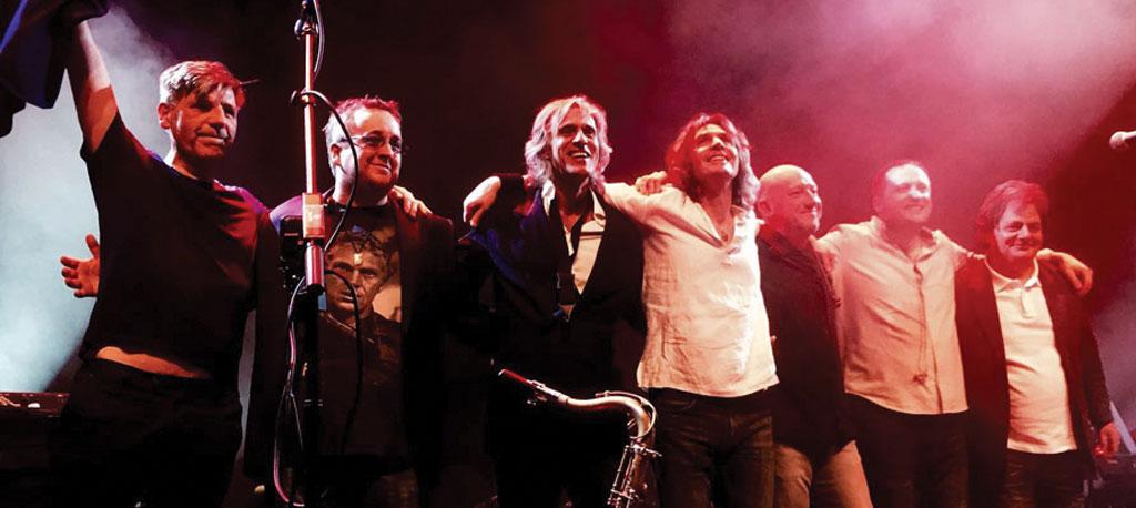 Dire Straits Experience no palco da Expofacic