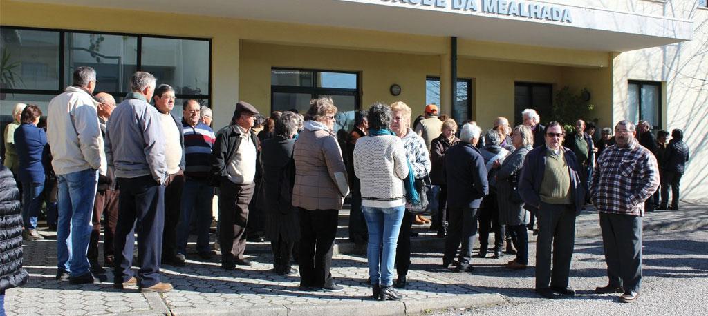 População em protesto na Vacariça reconquista extensão de saúde diária