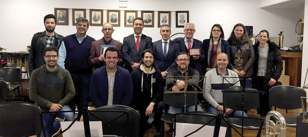 Filarmónica de Vagos distingue ex-dirigentes