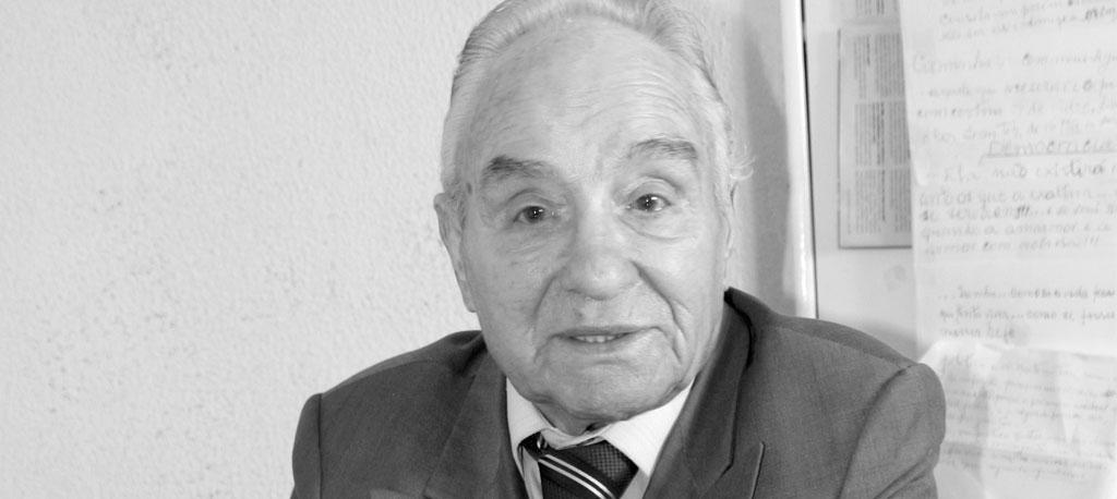 Homenagem: O Comendador do Povo deixou-nos