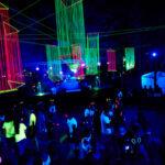 """""""Juventude fora da Caixa"""" conta com festa Glow e DJ Olga Ryazanova no Parque da Cidade"""