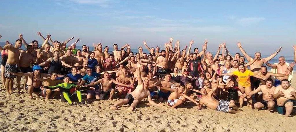 Mergulho solidário do ano foi na Praia da Vagueira