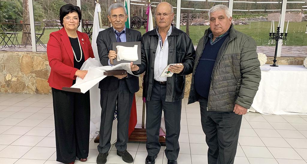 Rotary de Oliveira do Bairro destaca mérito da CALCOB