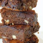 Brownie de chocolate, avelã e amêndoa