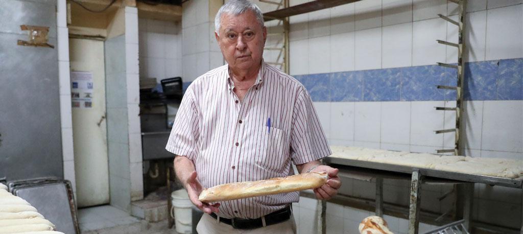Venezuela: Padeiro de Anadia lamenta fome e dá pão a quem lhe pede