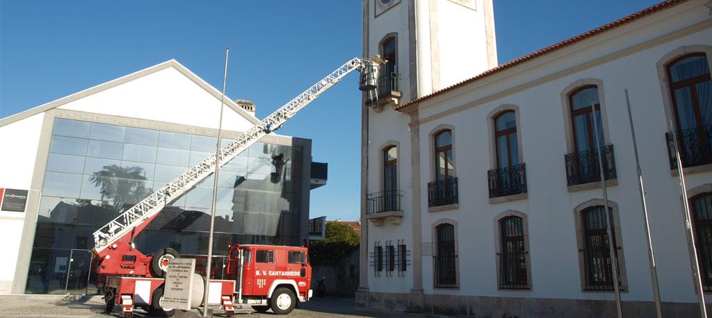 Relógio da torre da Câmara de Cantanhede inativo durante três meses