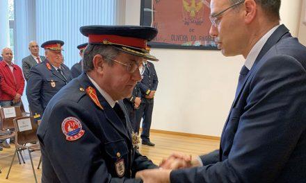 O. Bairro: Bombeiros reconhecem Câmara e 1º comandante