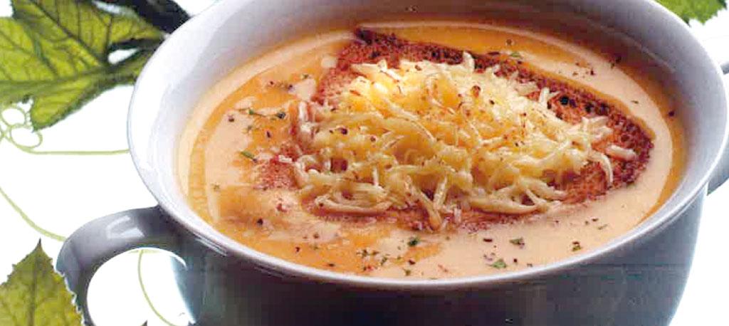 Receita da Semana: Sopa de abóbora com queijo