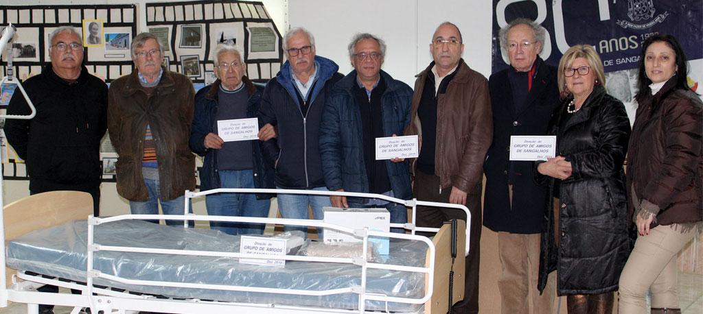 Grupo de Amigos de Sangalhos oferece camas articuladas à Misericórdia