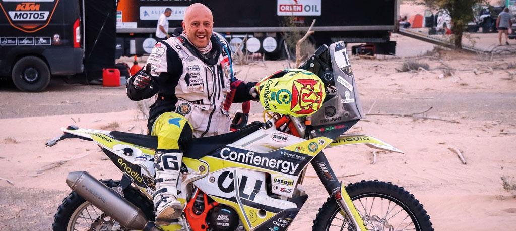 Piloto João Rôlo chega a Dakar pela segunda vez