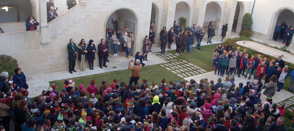 Cantanhede: Mais de 350 alunos cantaram as Janeiras na Câmara Municipal