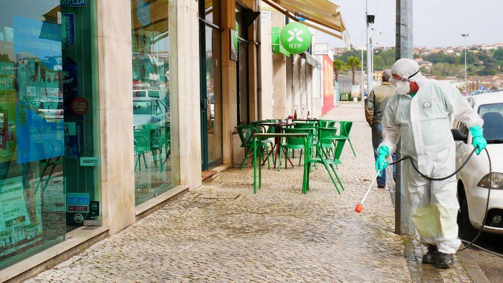 COVID-19: Águeda e Vagos desinfetam as ruas