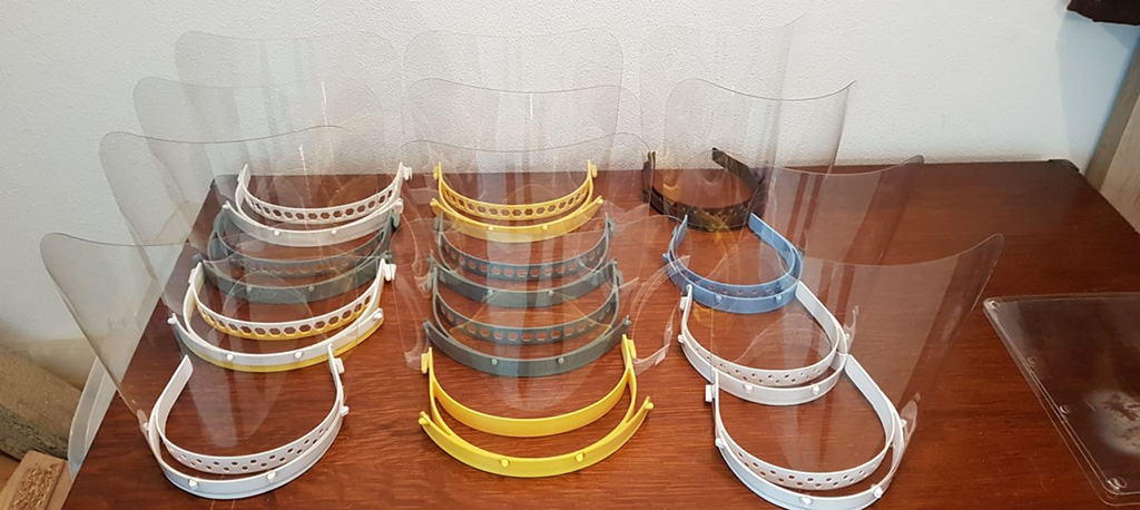 COVID-19: Agrupamento de Escolas de Oliveira do Bairro produz viseiras com impressão 3D