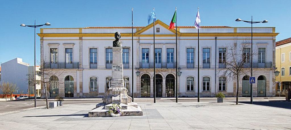 Anadia: Câmara Municipal canaliza 800 mil euros  para apoio à retoma económica e social