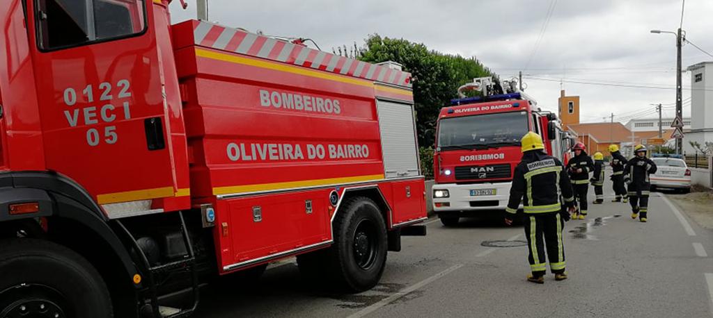 O. do Bairro: Incêndio destrói cozinha em residência de Malhapão