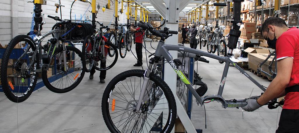 Europa pedala com bicicletas made in Bairrada