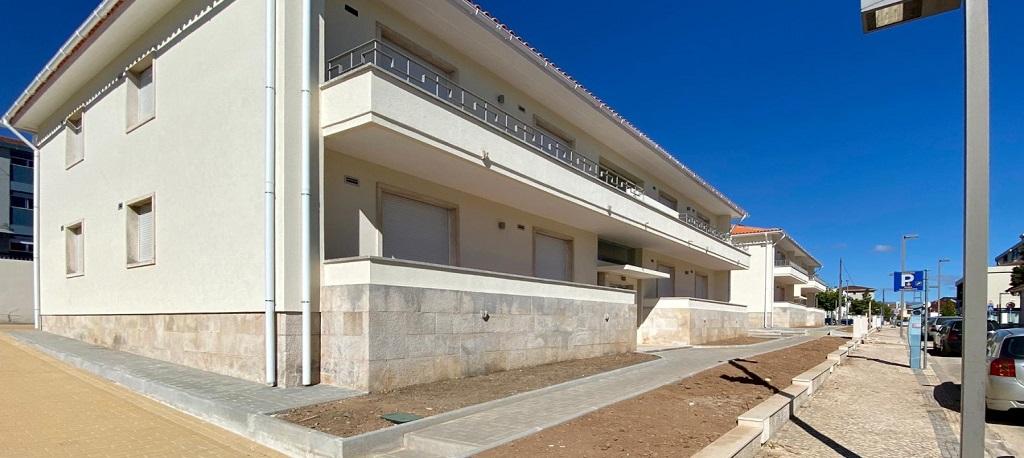 Câmara de Águeda entrega chaves das residências à Universidade de Aveiro