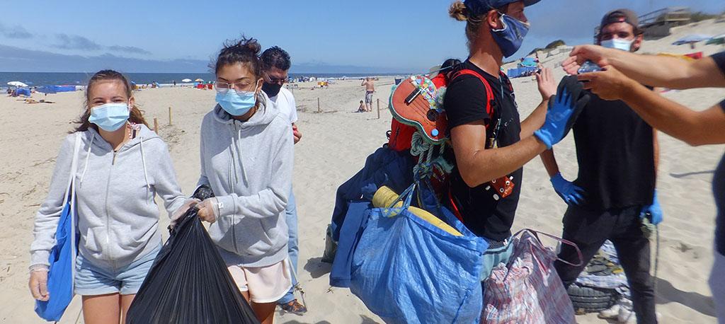 The Trash Traveler (o viajante do lixo) passou pela Praia da Vagueira