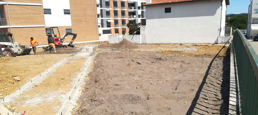 Curia: Pequeno parque de lazer começa a tomar forma