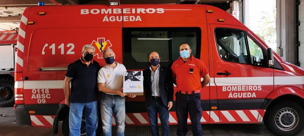 Rotary Club entrega viseiras aos Bombeiros de Águeda