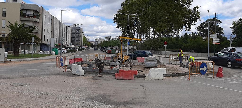 Cantanhede: Acesso à cidade pela Avenida do Brasil em obras