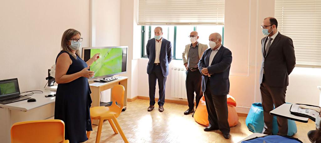 Mealhada: Sala inovadora junta tecnologia a trabalhos manuais